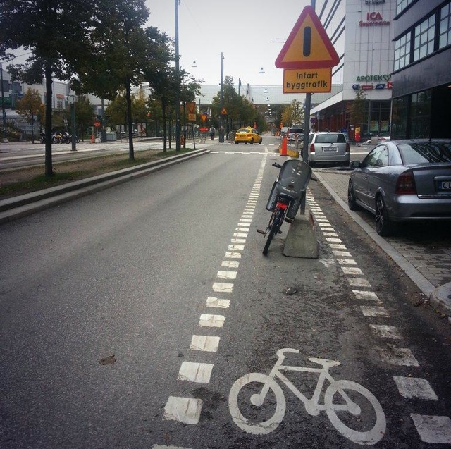 this is not a bicycle lane